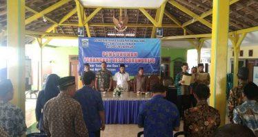 Kepala Desa Curungrejo Laksanakan Pengukuhan Perangkat Desa