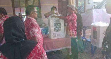 Pemilu di TPS aman,warga Kecamatan prambon sangat antusias untuk memilih pemimpin dan wakilnya