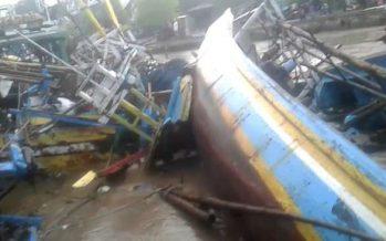 Banjir Sungai Gembong Tenggelamkan Puluhan Perahu Nelayan