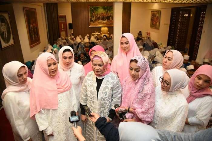 Para Istri Anggota DPR RI, Berbagi Kebahagiaan di Bulan Ramadan