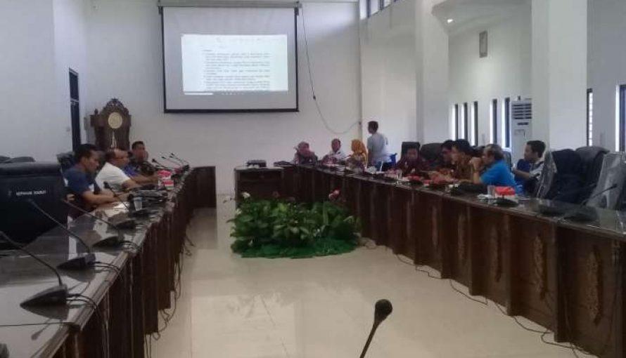 DPRD Barut Gelar RDP Dengan PT.PLN (Persero) Mengenai Pemasangan Jaringan Listrik Ring Satu Didua Kecamatan Pada Semester II Tahun 2020 Dan Tahun 2021