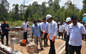 Peletakan Batu Pertama Pebangunan SMK Dilaksanakan Wakil Bupati Di Kecamatan Gunung Timang