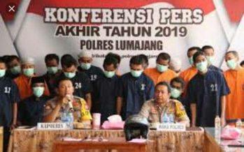 Jelang Akhir Tahun 2019, Kapolres Lumajang Gelar Konferensi Pers