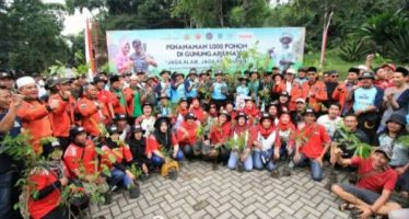 Jaga Alam Jaga Kehidupan: Kapolres Tanam Seribu Pohon